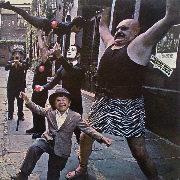 """""""Strange Days"""": la strana strada dei Doors e di Federico Fellini"""