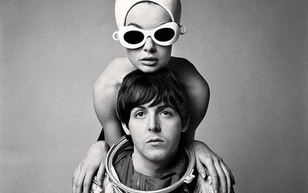 Paul McCartney e Jean Shrimpton