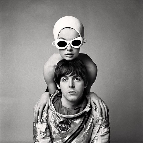 Paul McCartney e Jean Shrimpton