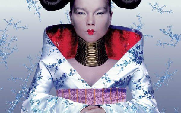 """Homogenic"" – Björk: le guerriere di pace vestono Alexander McQueen"