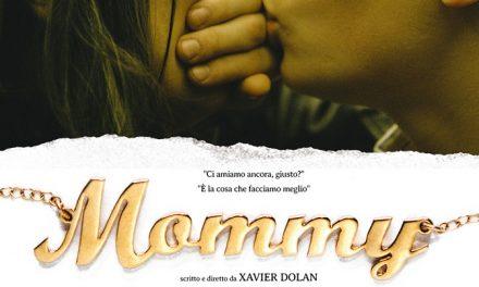 """La famiglia, in formato quadrato di Xavier Dolan: la locandina di """"Mommy"""""""