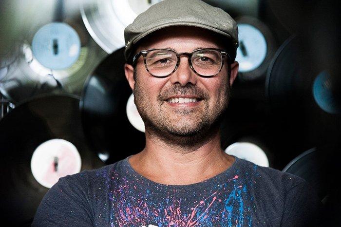 """""""Musica per gli occhi"""": l'arte a 33 giri di Mattia Consonni – Intervista"""